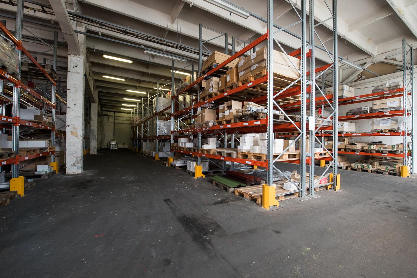 H-8000 Székesfehérvár, Seregélyesi út 98-114. warehouse to let